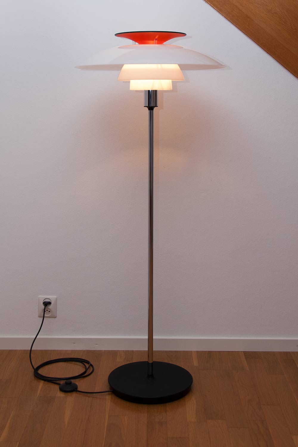 poul henningsen ph 80 floor lamp scandinavian design. Black Bedroom Furniture Sets. Home Design Ideas