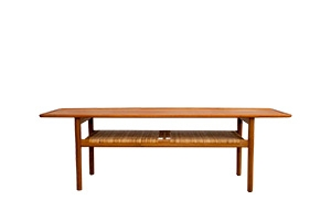Hans J. Wegner A-10 table